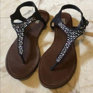 Shoes - 🌸 3/$20 Cute Black Sandals